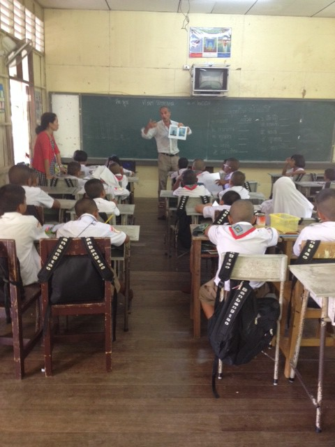 Siniscalchi alla scuola Ban Bangtao